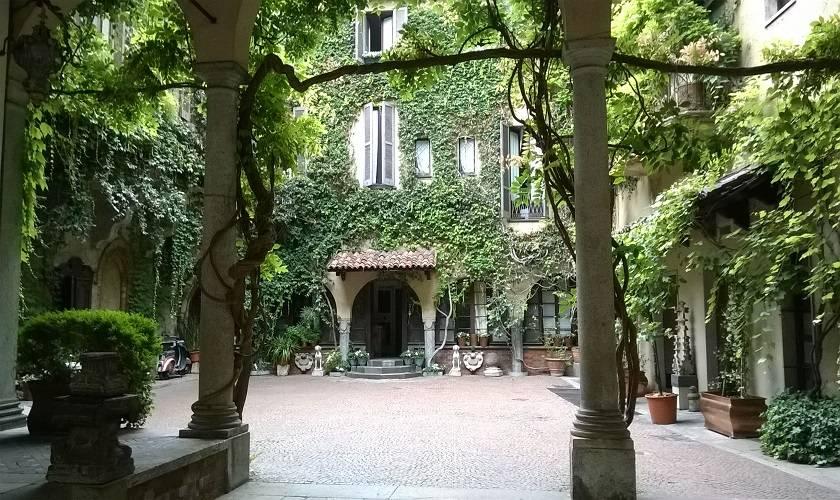 La vigna di leonardo e casa atellani visite guidate a milano for La casa rosa milano
